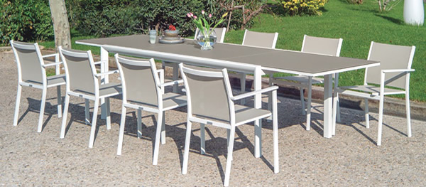 Themis Dining Set