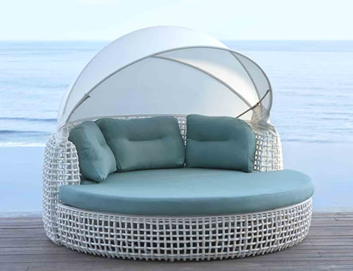 Dynasty Daybed