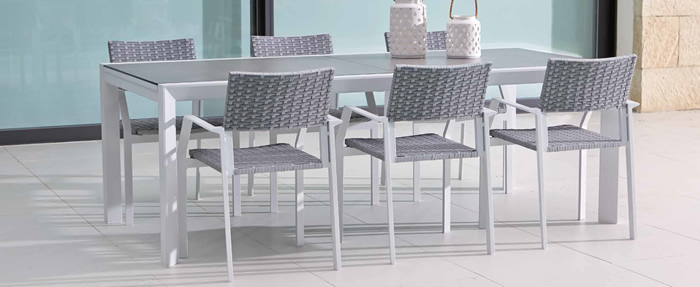 Breeze Garden Dining Table and Chairs