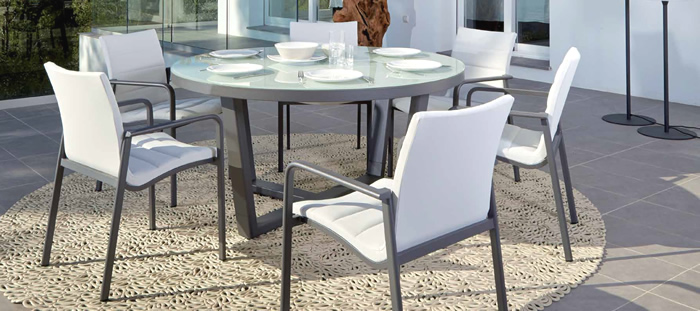 Santa Monica Garden Dining Table and Chairs