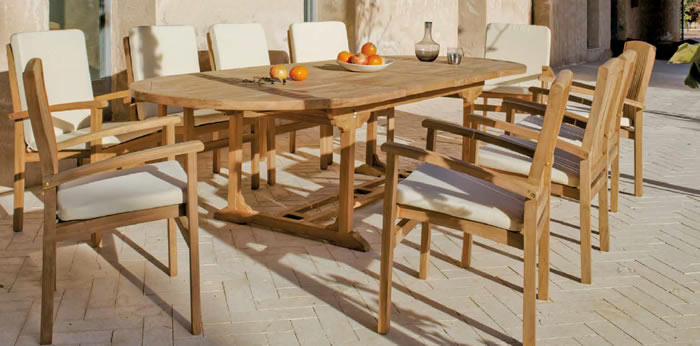 Amberes Garden Dining Table and Chairs