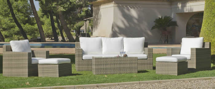 Abasari 3 Seater Sofa Set